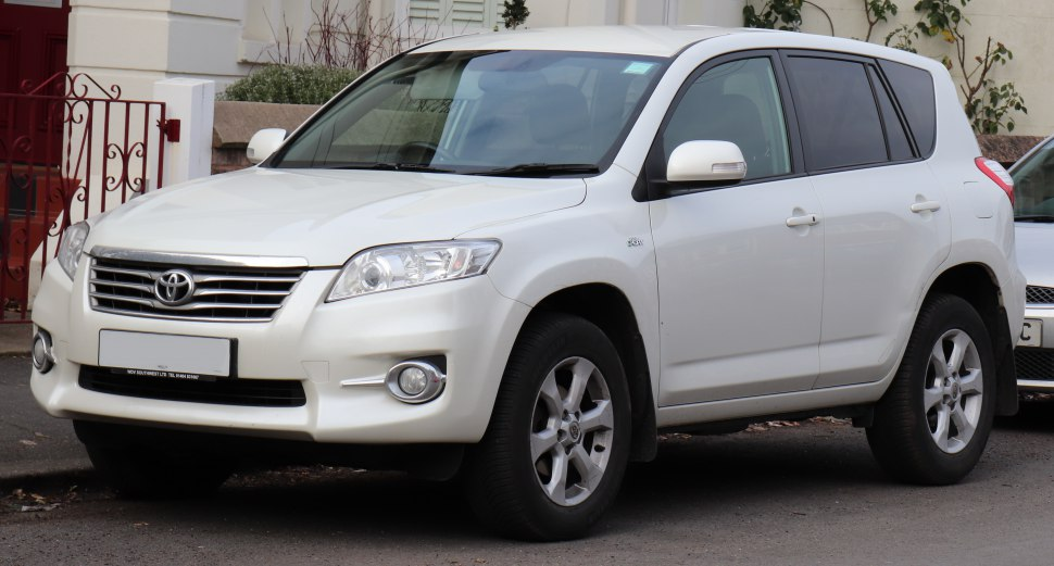 Toyota-RAV4-III-facelift-2010